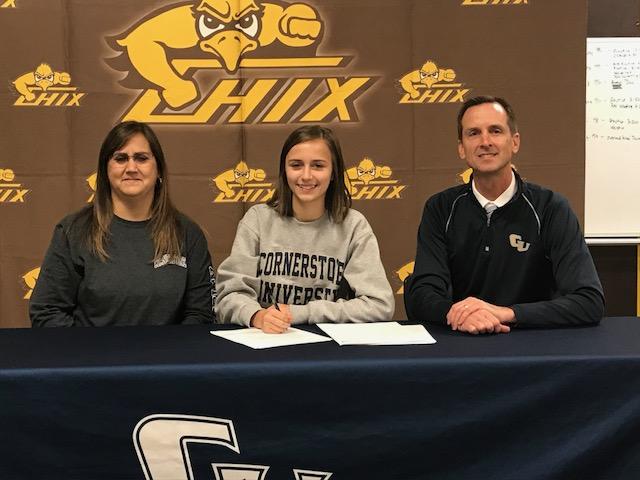 Elizabeth Klunder Signs with Cornerstone University!