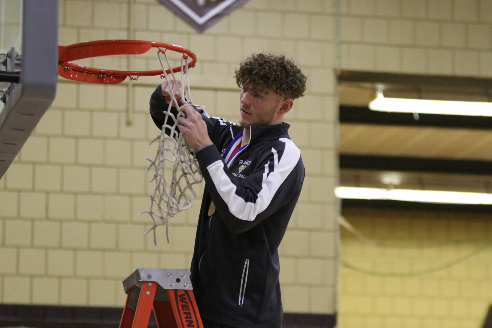Johnny Crise Named Valley News Dispatch Boys Athlete of the Year