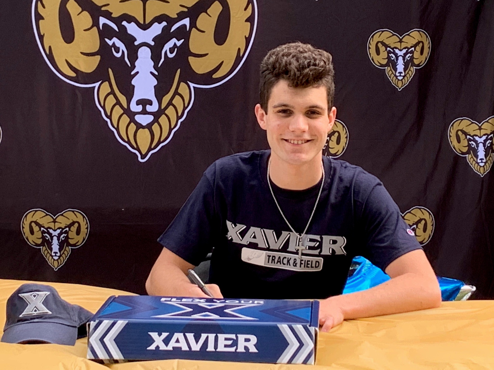 CJ Thimons Signs Letter of Intent To Xavier University