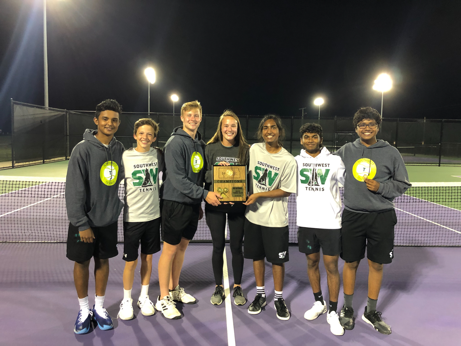 BVSW is 2021's Boys Regional Champion Tennis Team