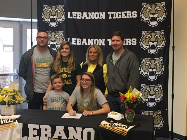 Congrats Payten Redman; Signed to play Softball at Danville College