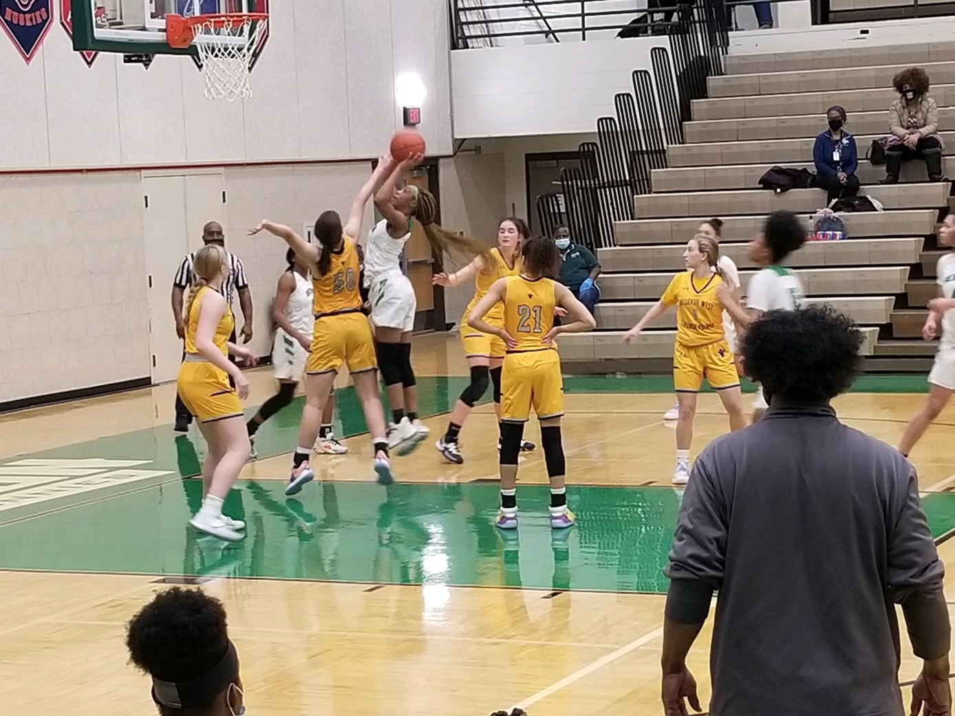 Girls Varsity Basketball vs Bellevue West