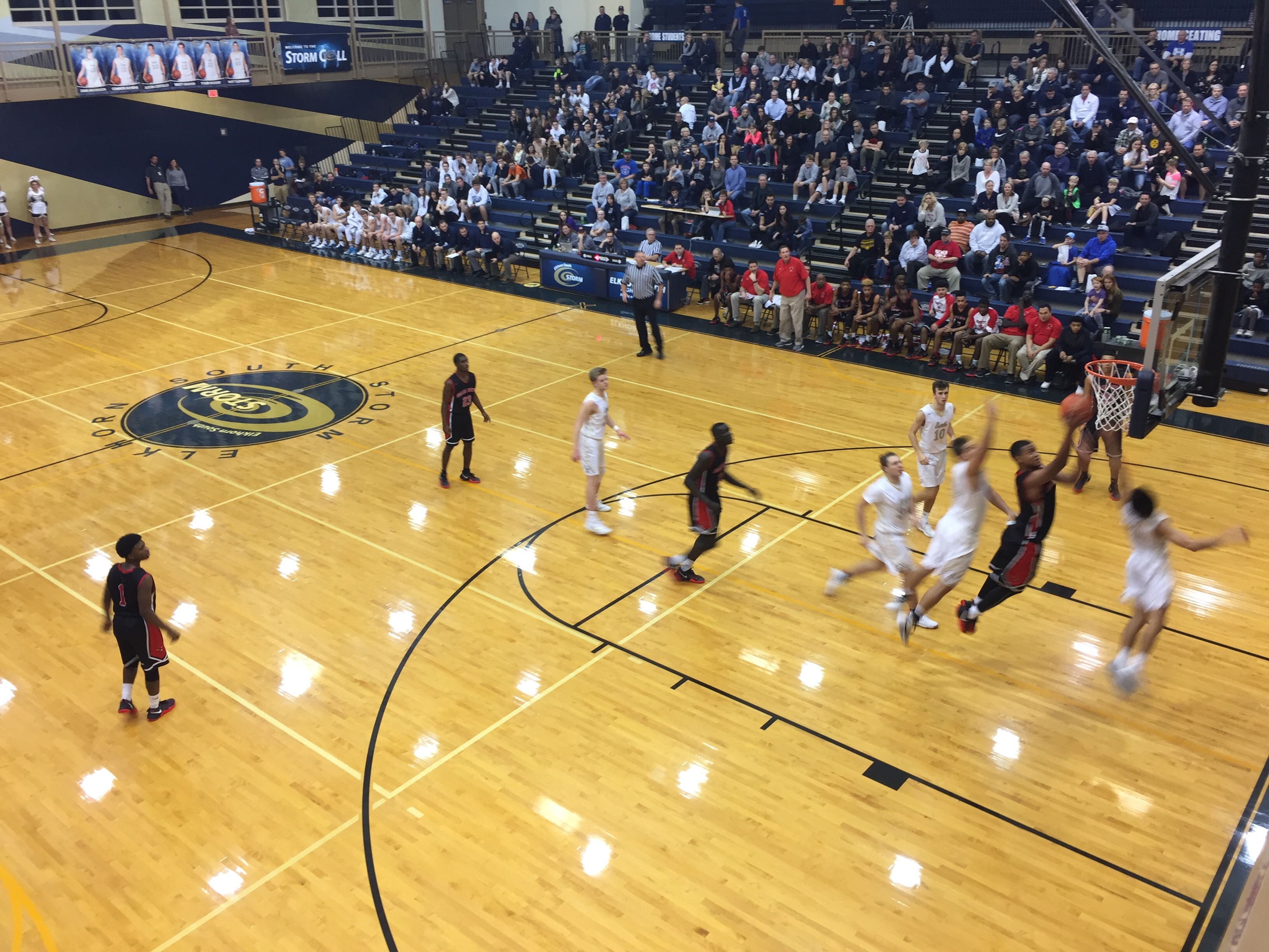 Omaha South High School Boys Varsity Basketball beat Elkhorn South High School 58-46