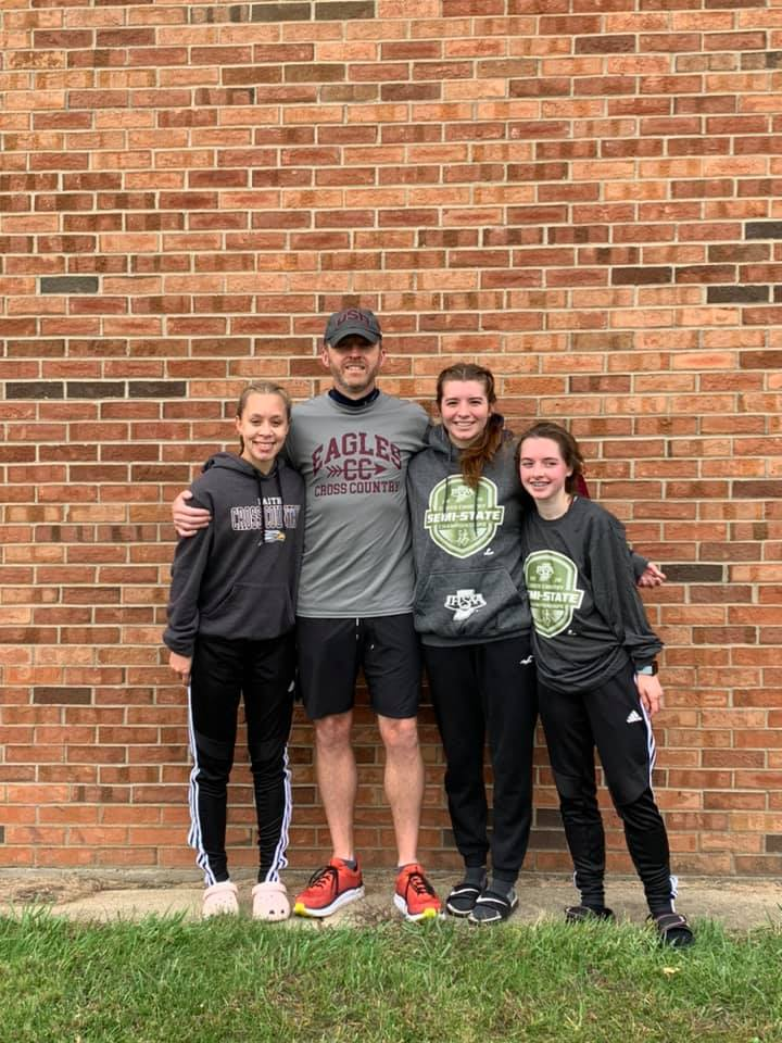 Cross Country Wraps up Season at Semi – State