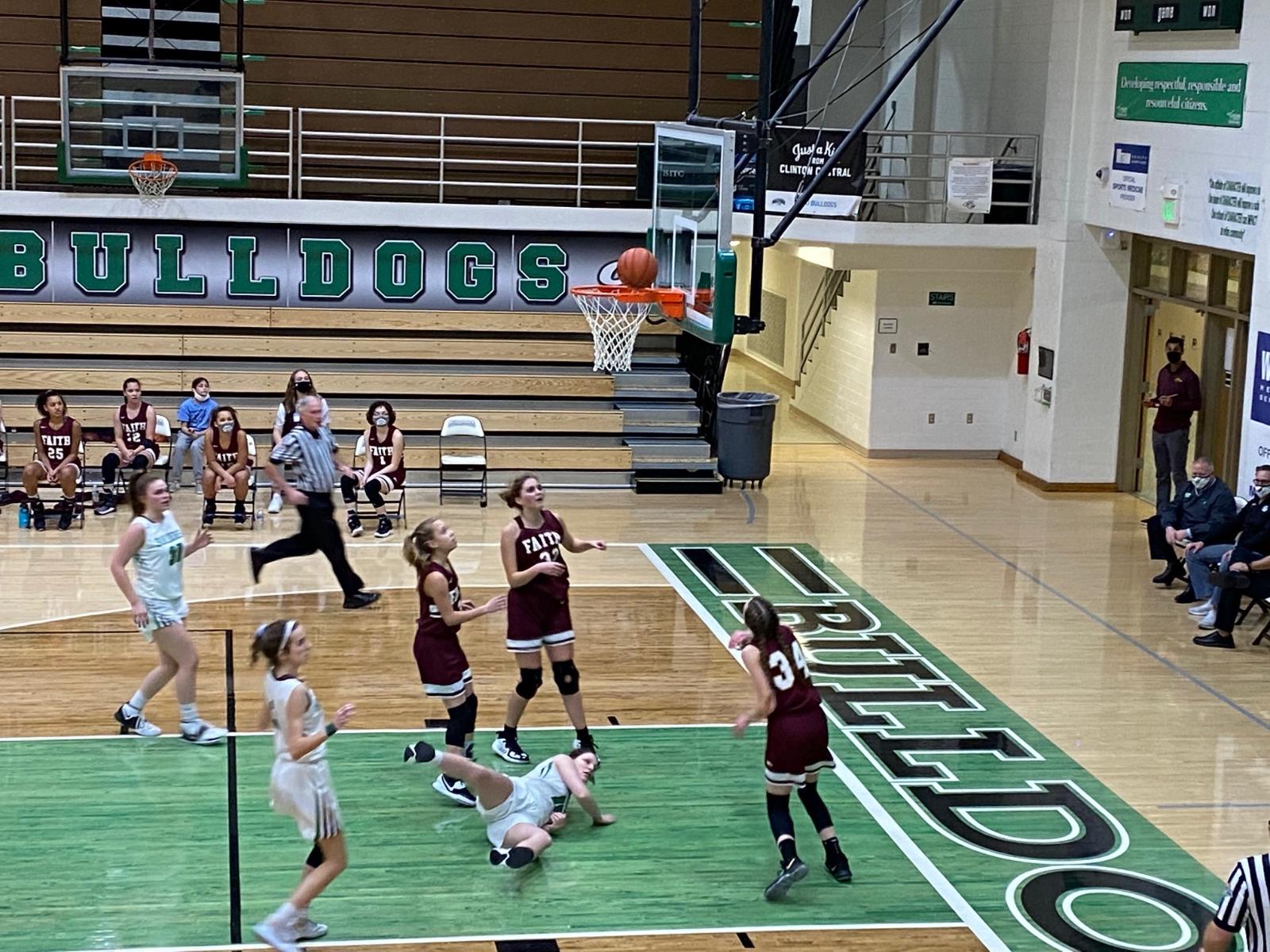 Girls Basketball falls to Clinton Central