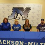 Maddelyn Hyland Signs with Kenyon College for Softball
