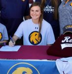 Reneau Signs National Letter of Intent