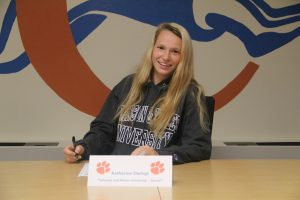 Katherine Owings Signs with Johnson and Wales University – 5/23/18