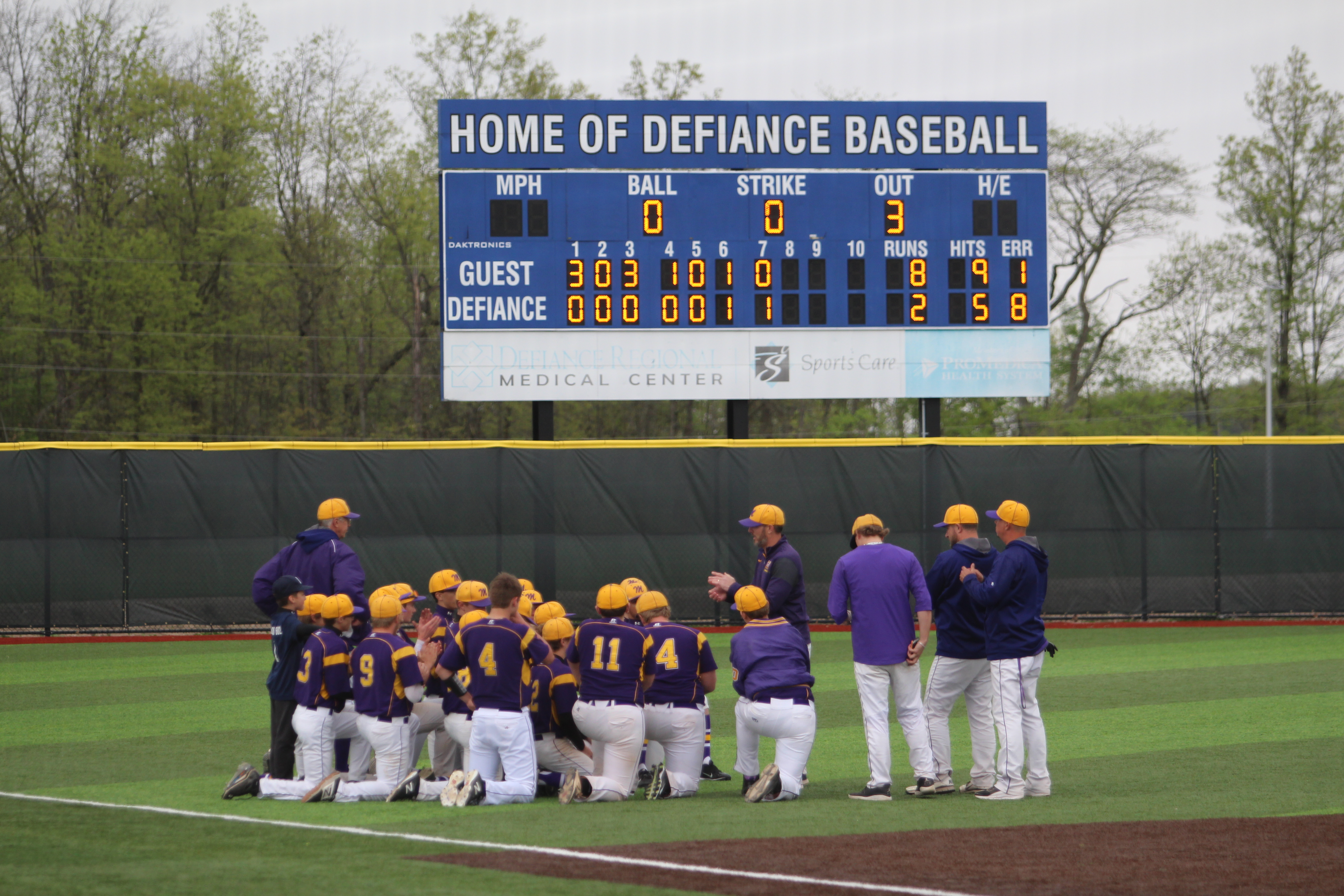 Varsity Baseball beats Defiance – Advance to DII District Semifinals