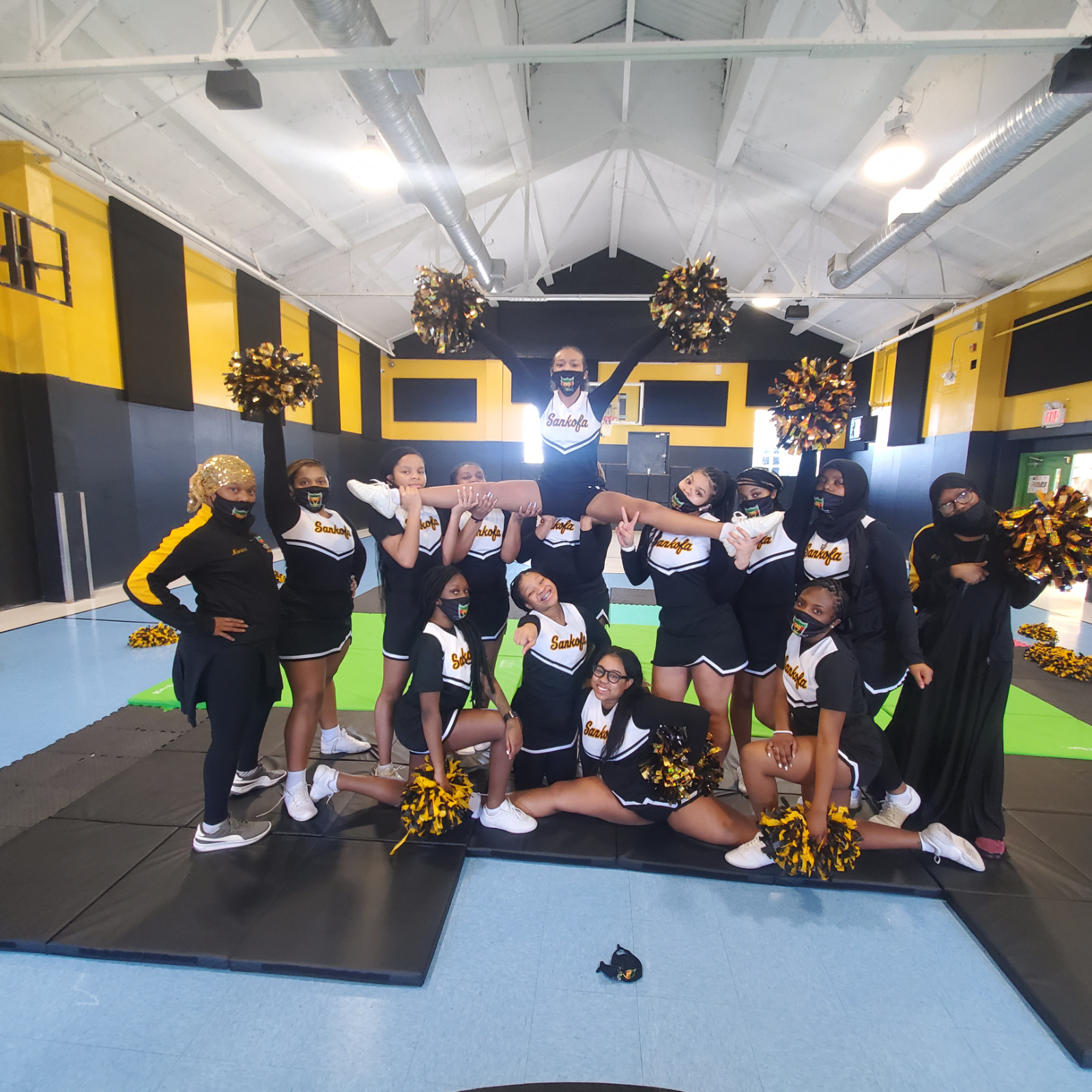 Sankofa Cheerleaders ready for Spirit Competition!