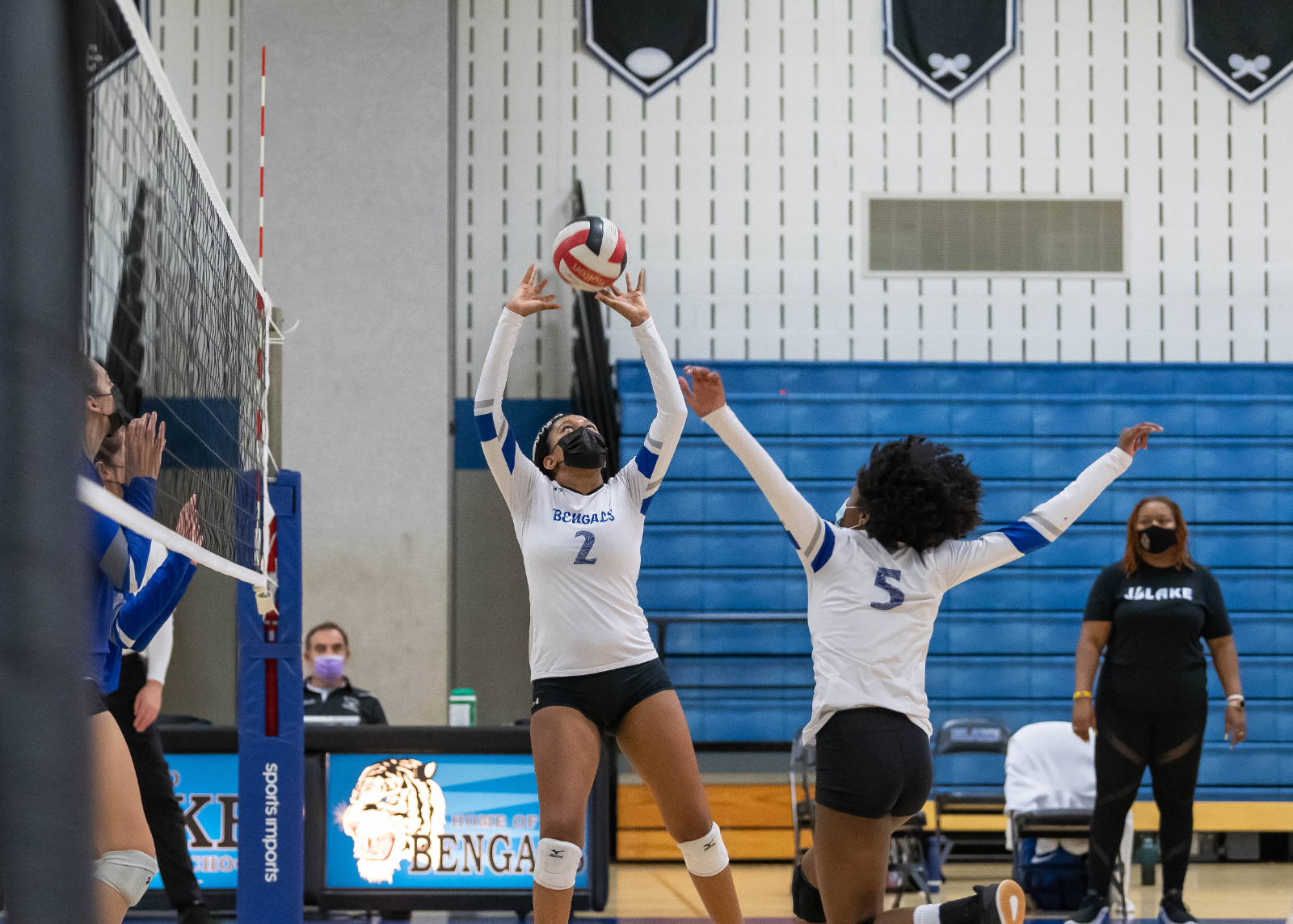 Varsity Girls Volleyball Photos – 4/6/21 vs. Sherwood