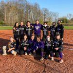 8th Softball Defeats Creekside