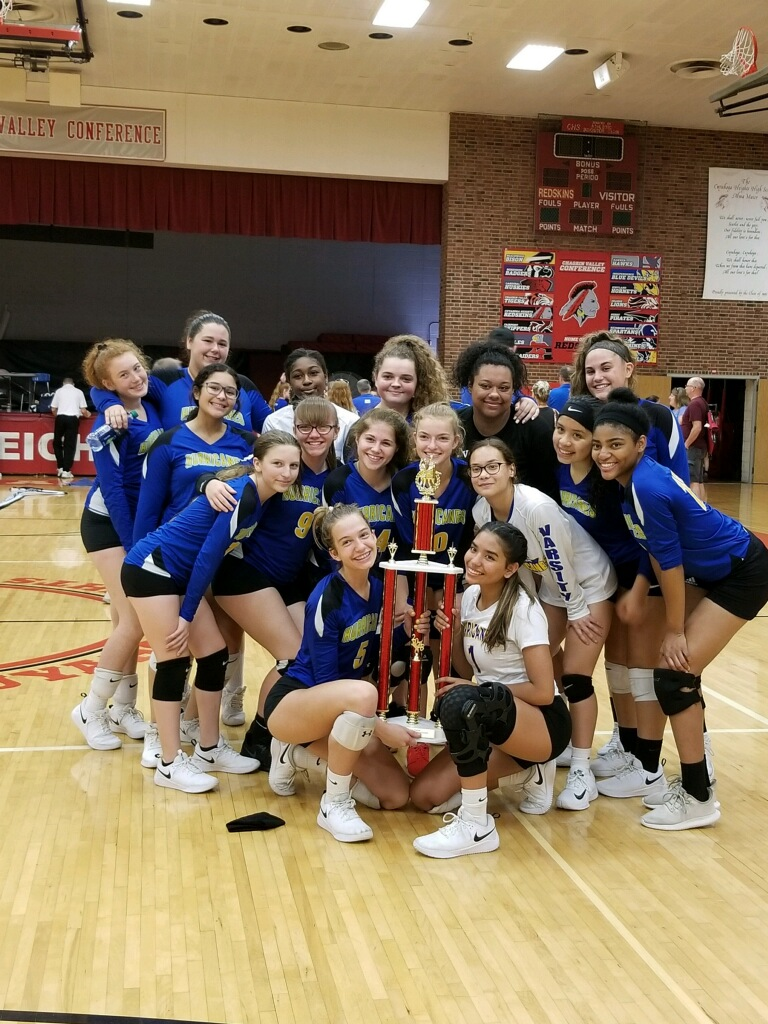 Girls Volleyball Team Finishes 2nd in Cuyahoga Heights Tourney