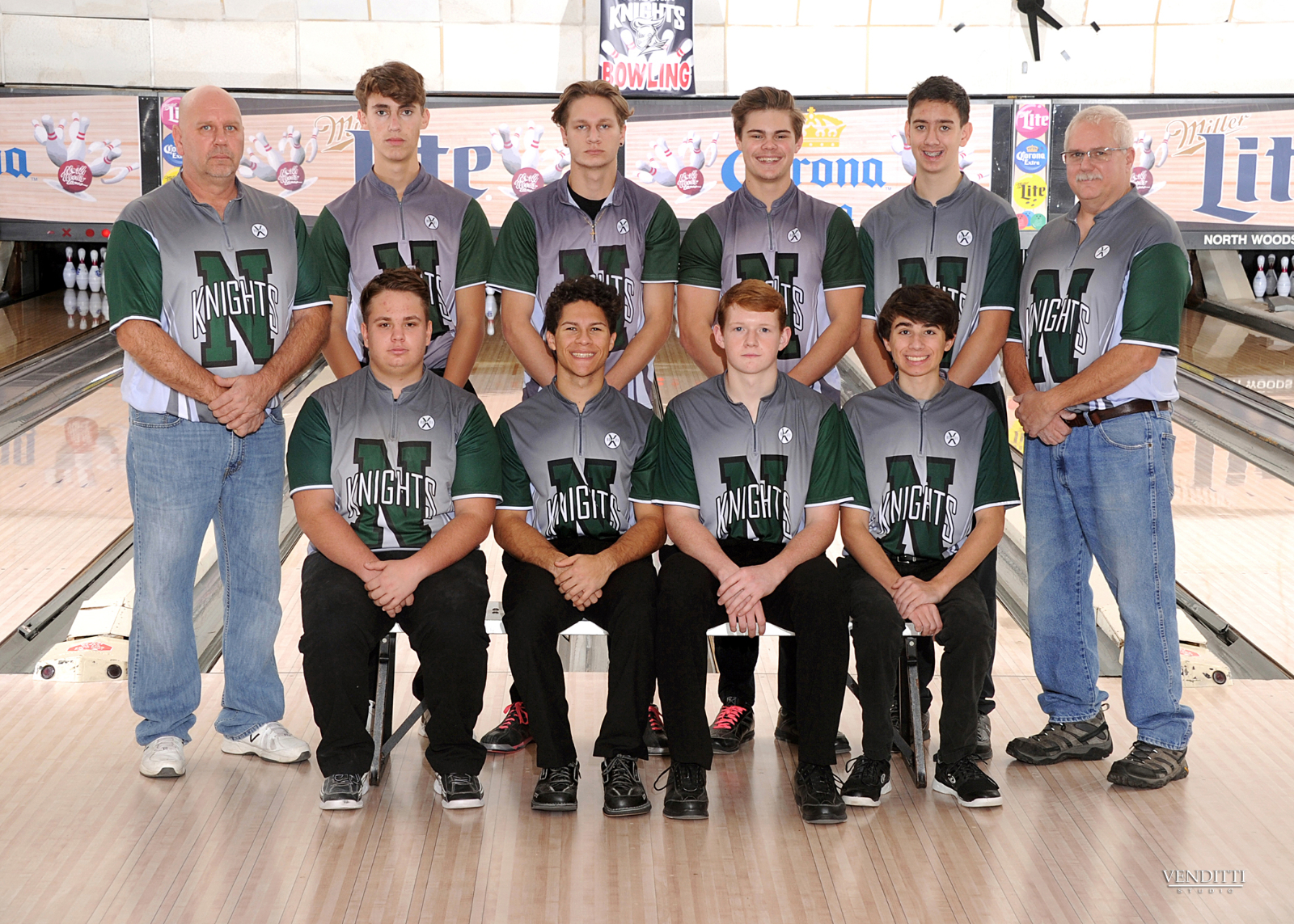 Boys Bowlers Qualify for States