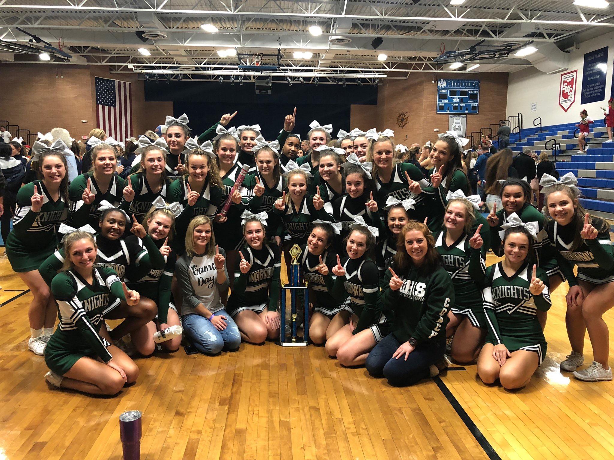 Cheerleaders win Championship!
