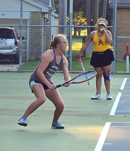 Hamm Leads the Way for Railer Tennis