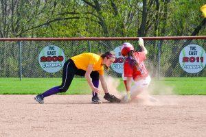 Varsity Softball vs Caro 04-26-2017