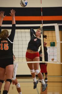 Varsity Volleyball – Flushing Tournament 9/8/2017
