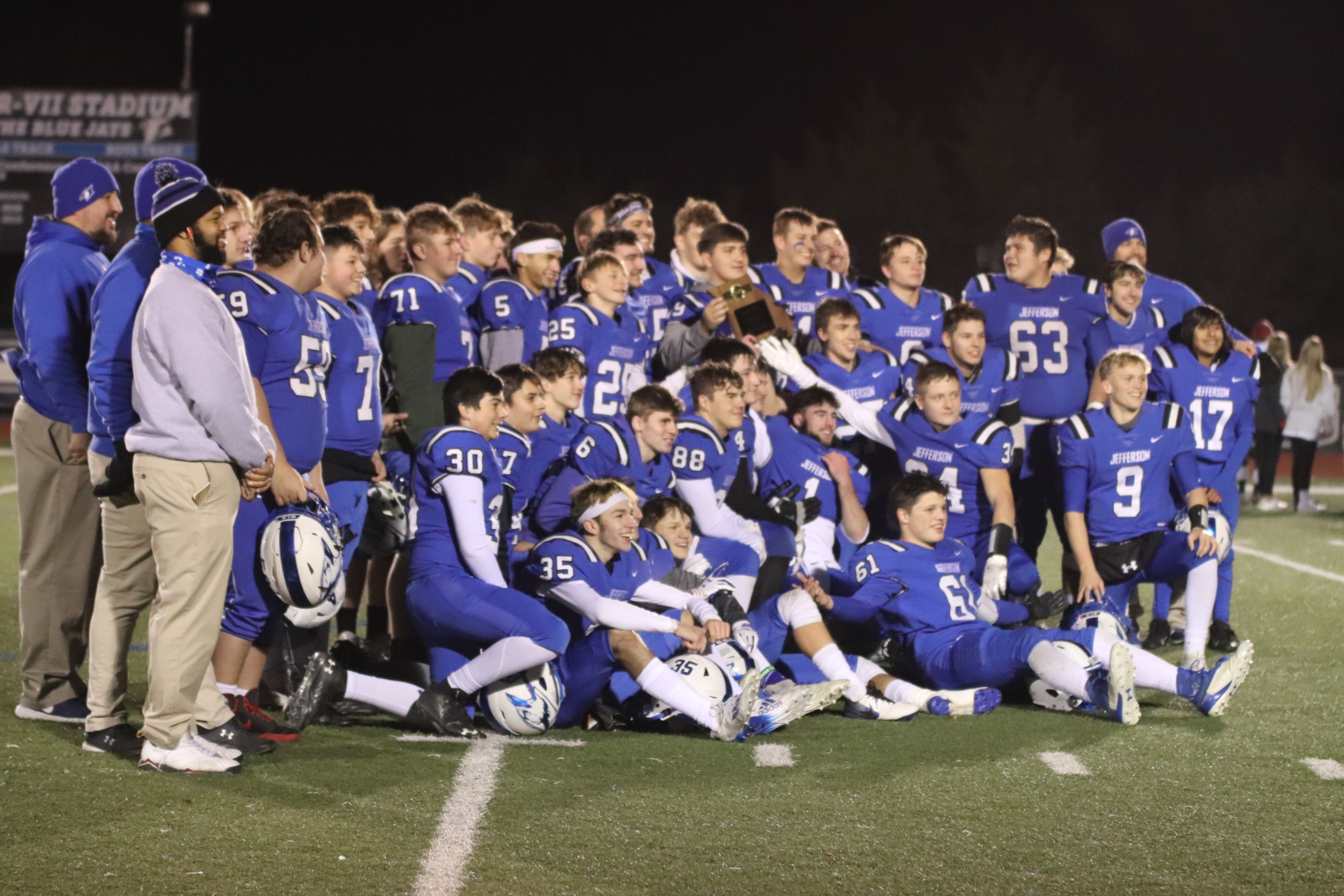 JHS Football Defeats New Madrid – Districts! 11/13/20