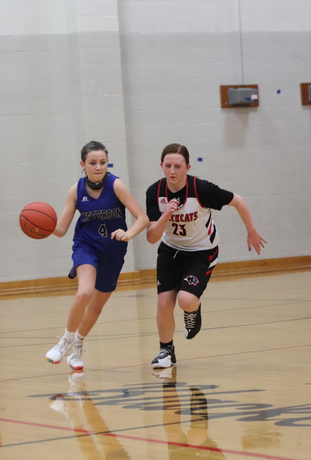 7th Grade Girls' Basketball defeats Herky