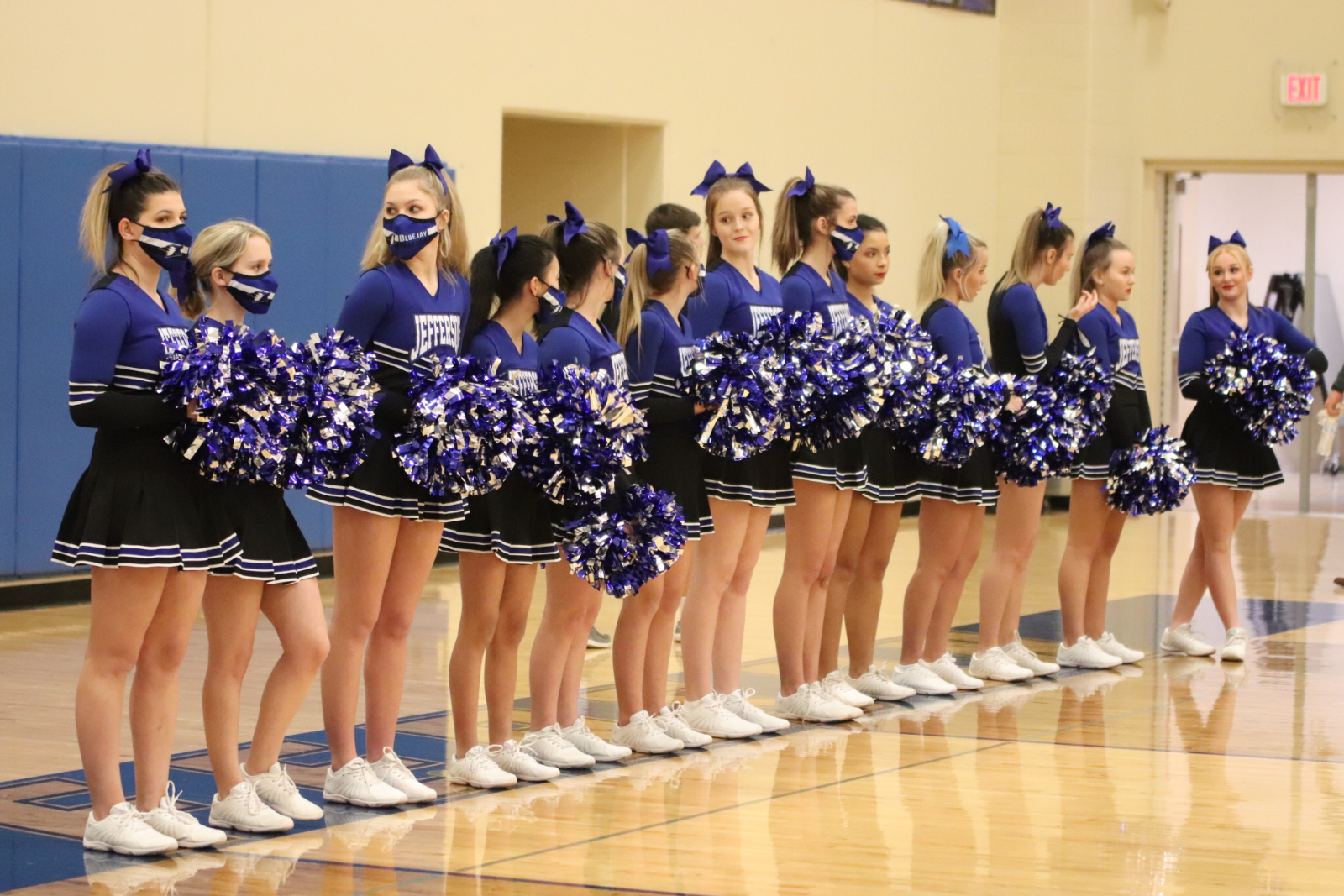 Winter Varsity Cheer & friends during the Scott City game 1/15/21