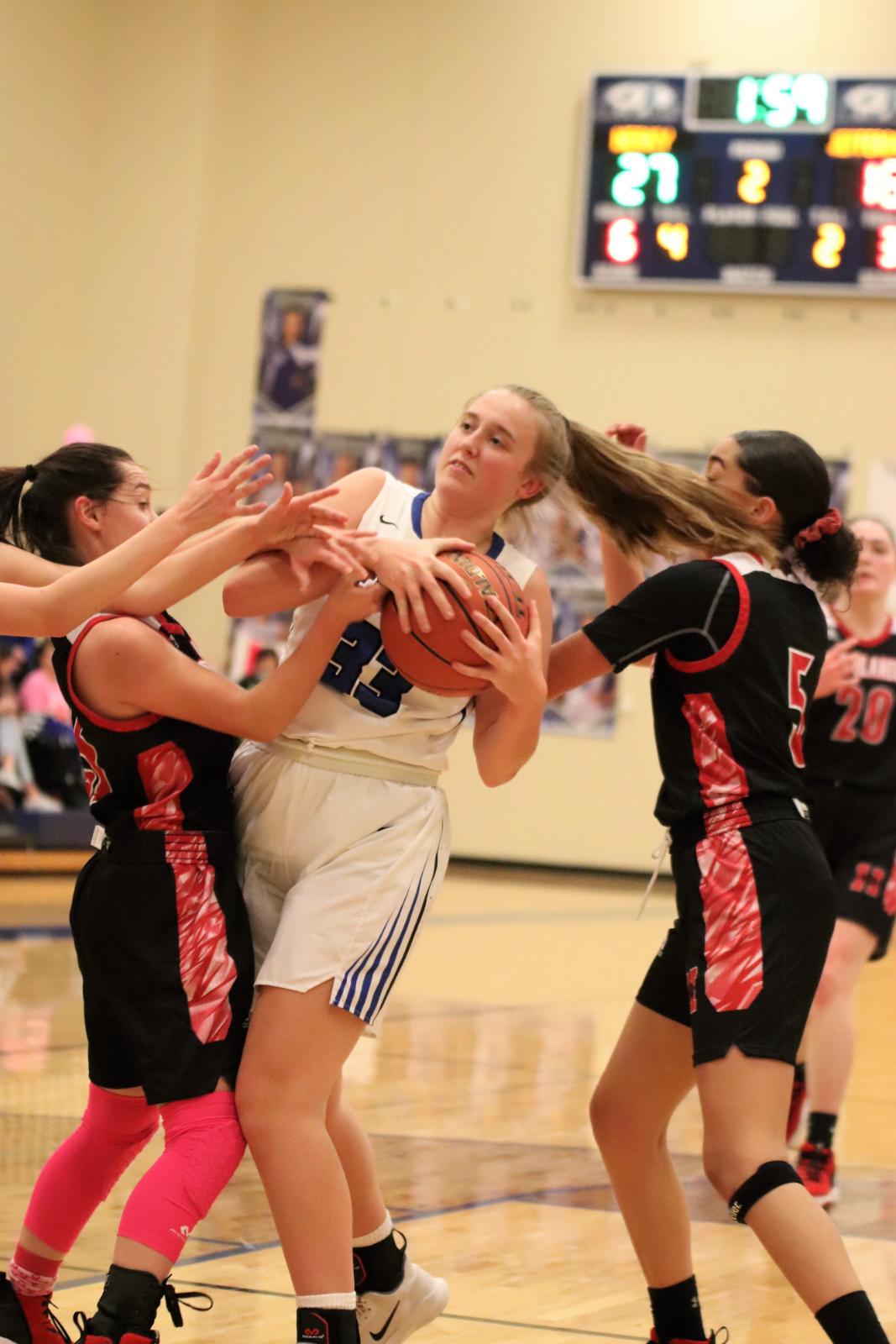 Varsity Girls' Basketball Loses to Herculaneum 37-51  Hoops for Hope  1/22/21