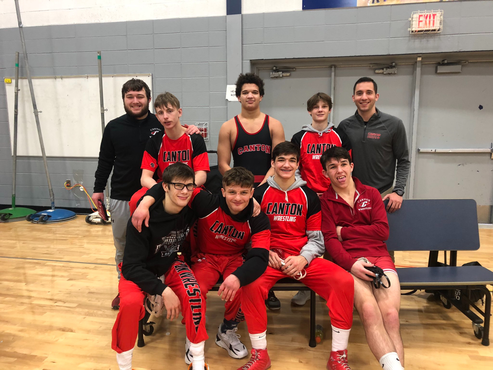 7 Chiefs Qualify for MHSAA Regionals
