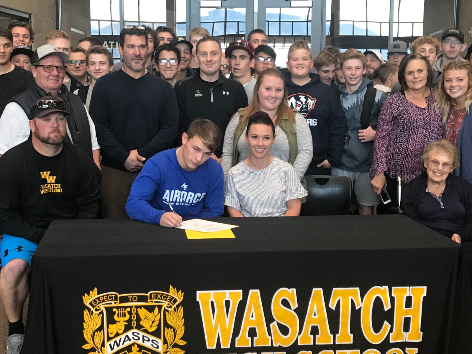 Zak Kohler Signs with the Air Force Academy