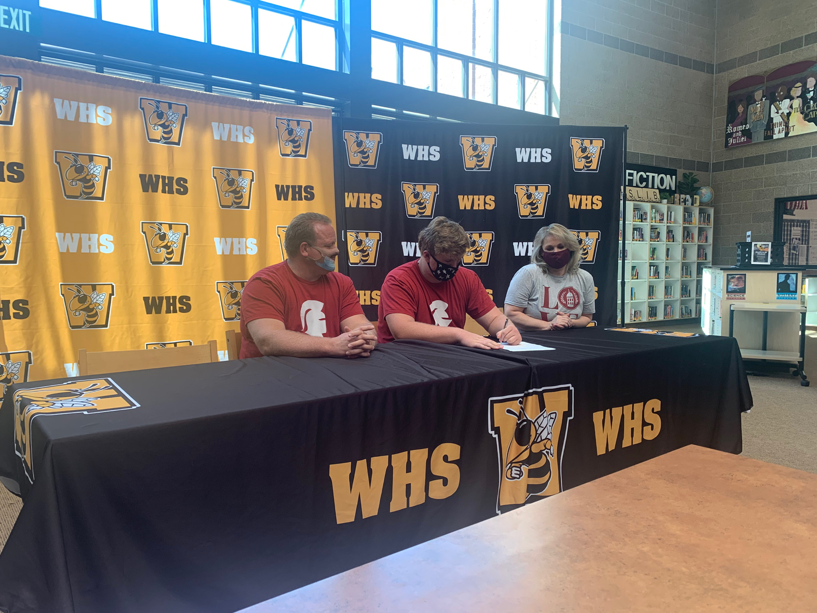 Brady Harding signs on to Play Football with SVU