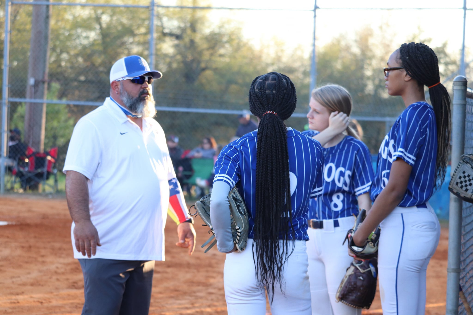 Late Rally Lifts Lady Dogs Softball to Victory