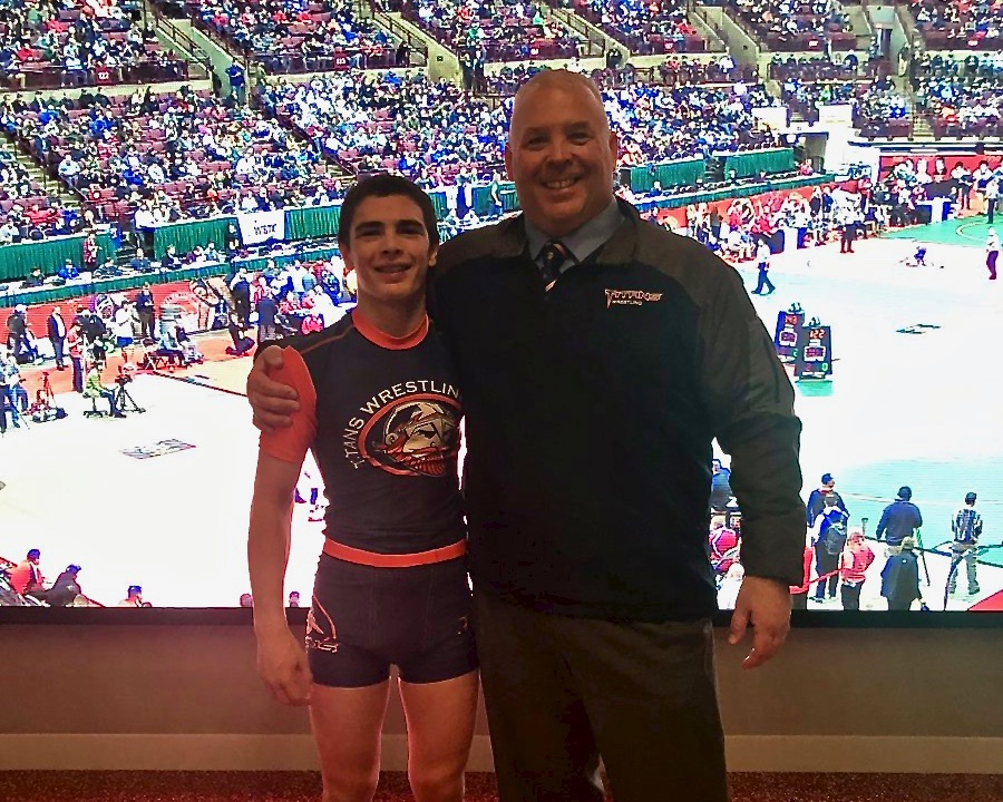 Heil Finishes Seventh at State Wrestling Tournament