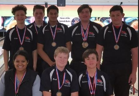 Yorkville High School Boys Varsity Bowling finishes 2nd place