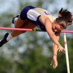 Kristen Denk sets state pole vault record