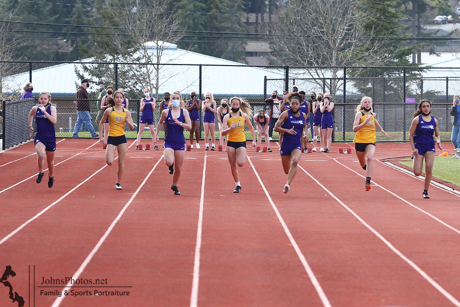 Watch Track Live – Oak Harbor vs. Anacortes