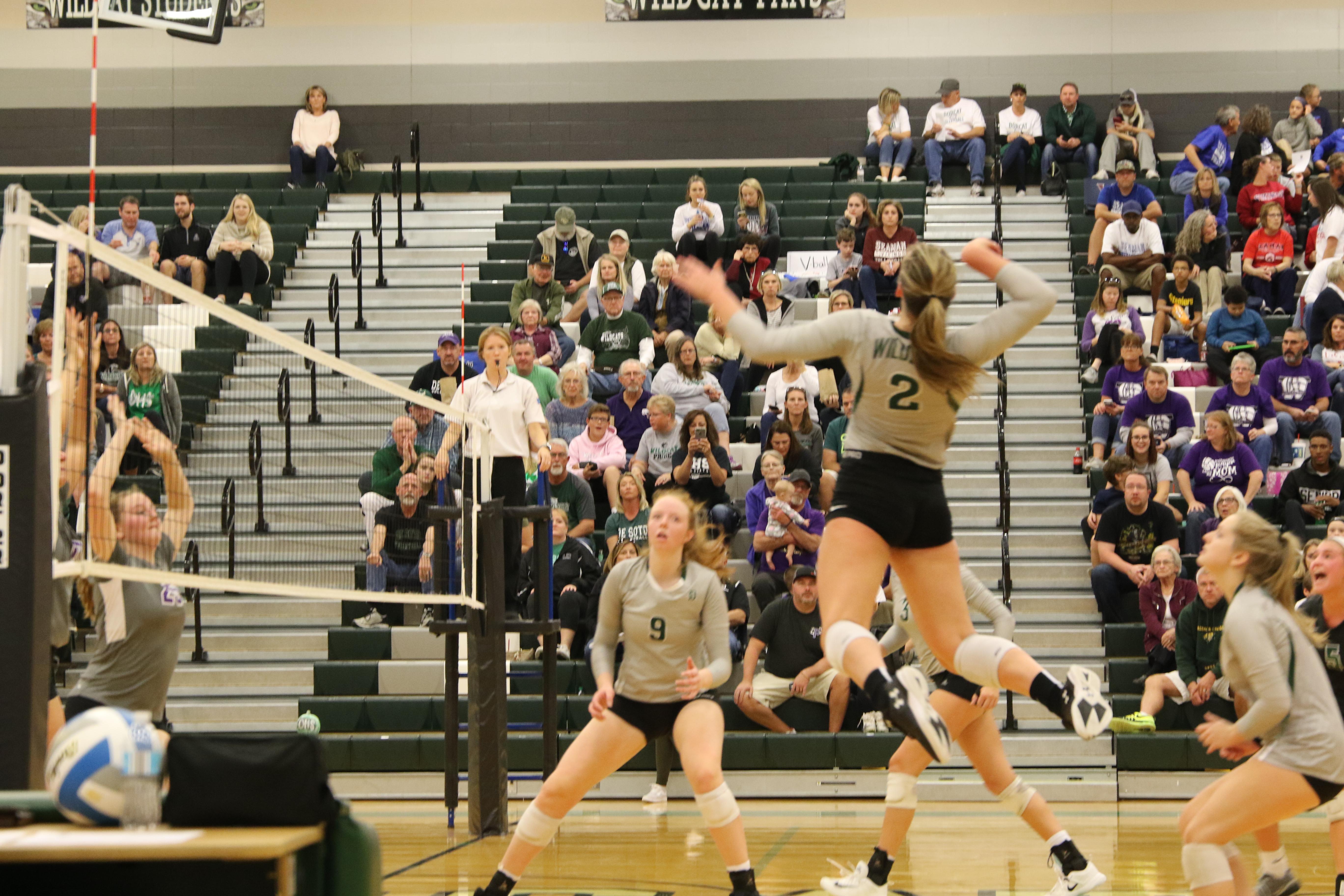 Varsity Volleyball defeats Topeka West 2-0