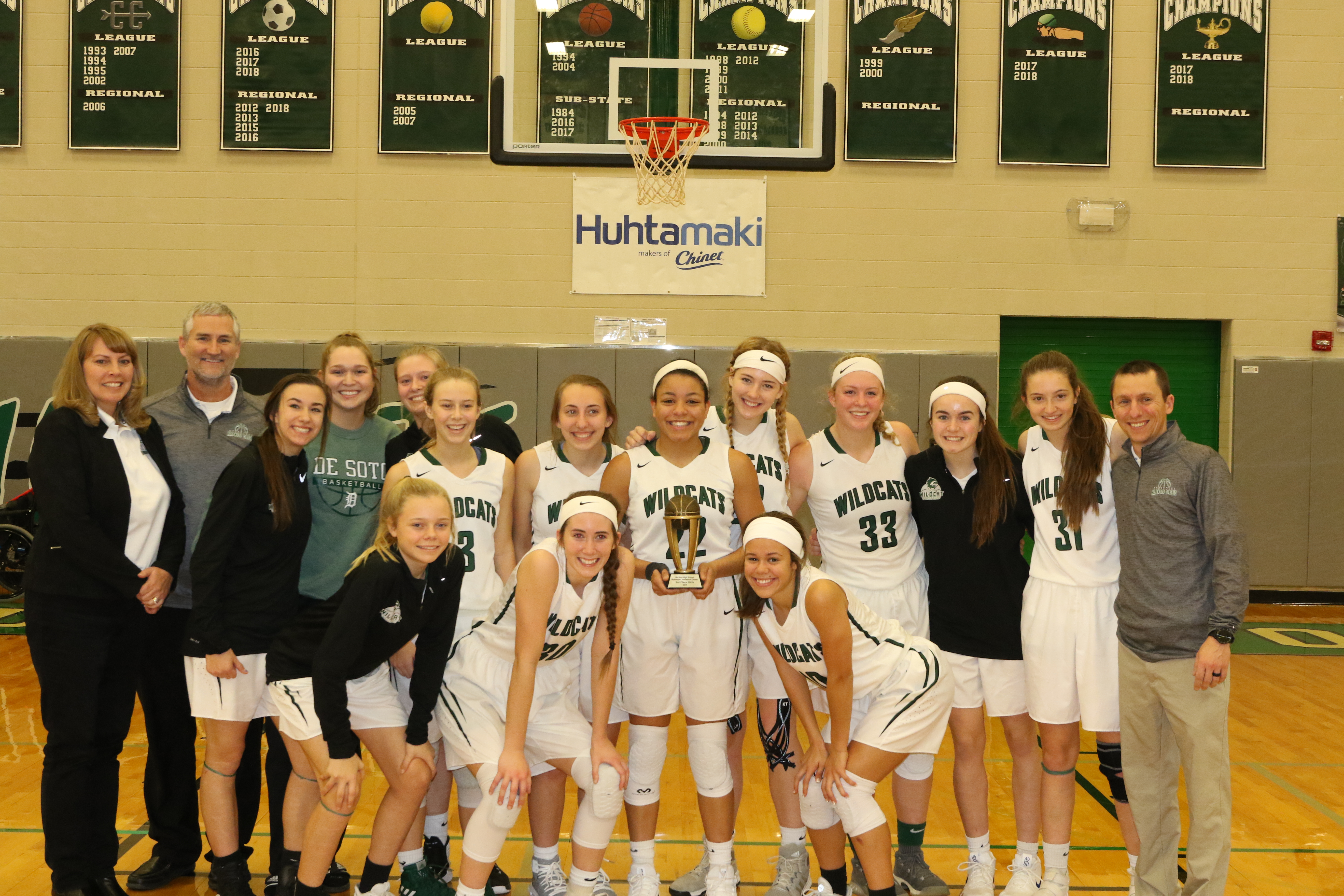 Varsity Girls Basketball defeats Truman 44-43, Finishes 3rd in 2018 HHC