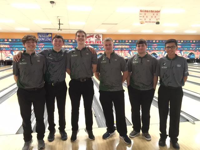 Boys Bowling Takes 1st Place and Sets New Records @ Crown Lanes