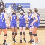 MS Volleyball Dominates Short Season