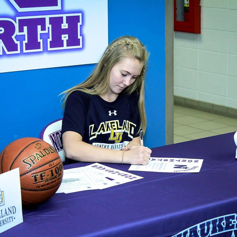 @WNGbasketball Senior Megan Johnson Commits to Lakeland University