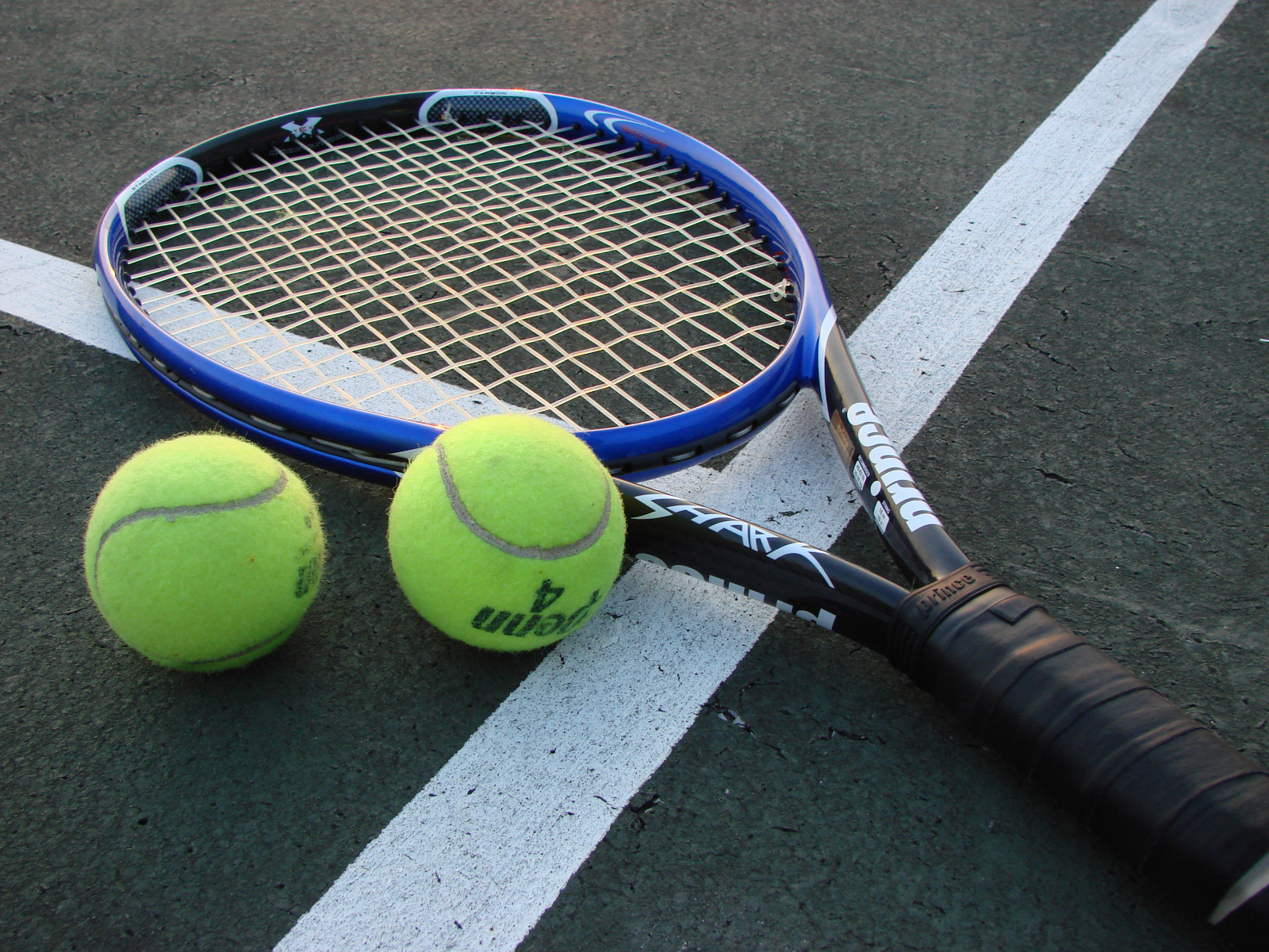 Raytown High School Adds New Tennis Program!