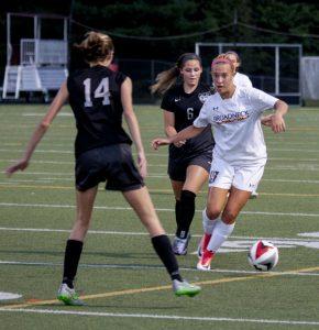 Varsity Girls Soccer vs LAKOTA EAST (OH) 9/16/17