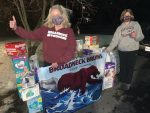 Bruin Swim Team Finds A Way to Give Back!
