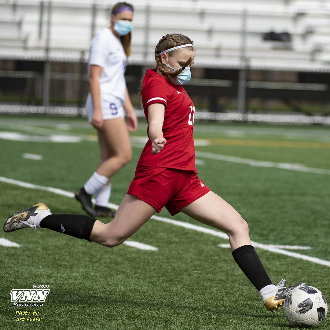 Girls JV Soccer vs Issaquah – 3/27/21