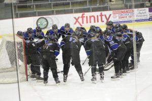PHOTOS: Girls Hockey vs. Blaine 02-14-2017