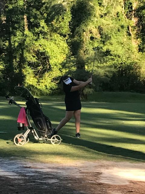 Girls Varsity Golf falls to St. James 186 – 233