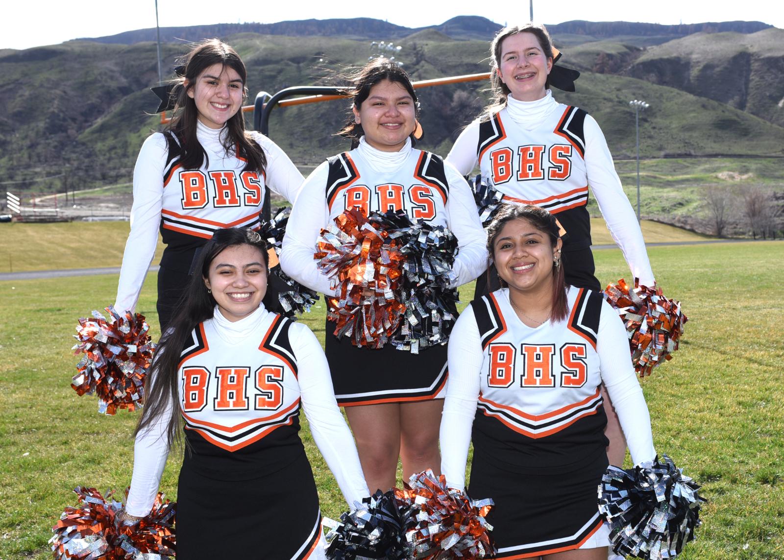 HS Cheerleaders 2021
