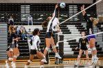 Girls Varsity Volleyball goes 1-1