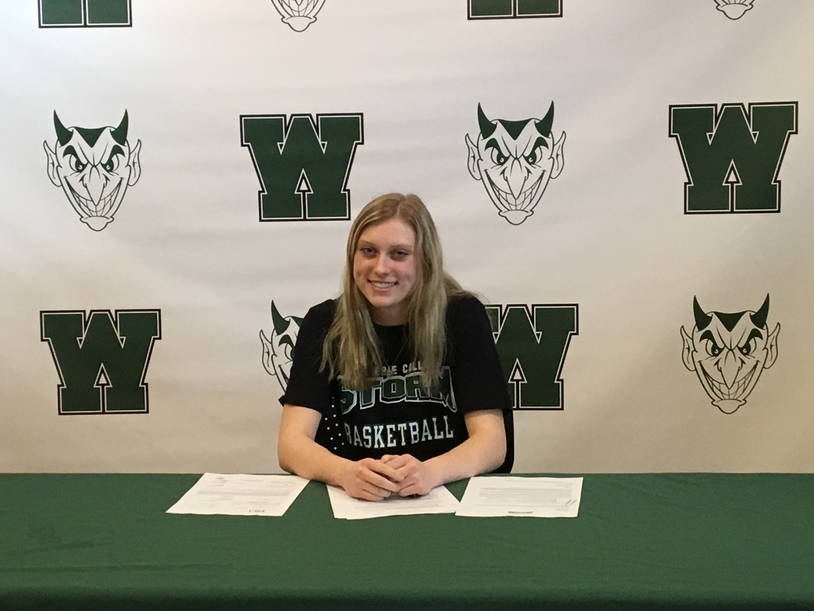 Matalavage Signs with Lake Erie College