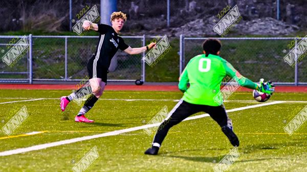 ER Varsity and JV boys soccer defeat GK