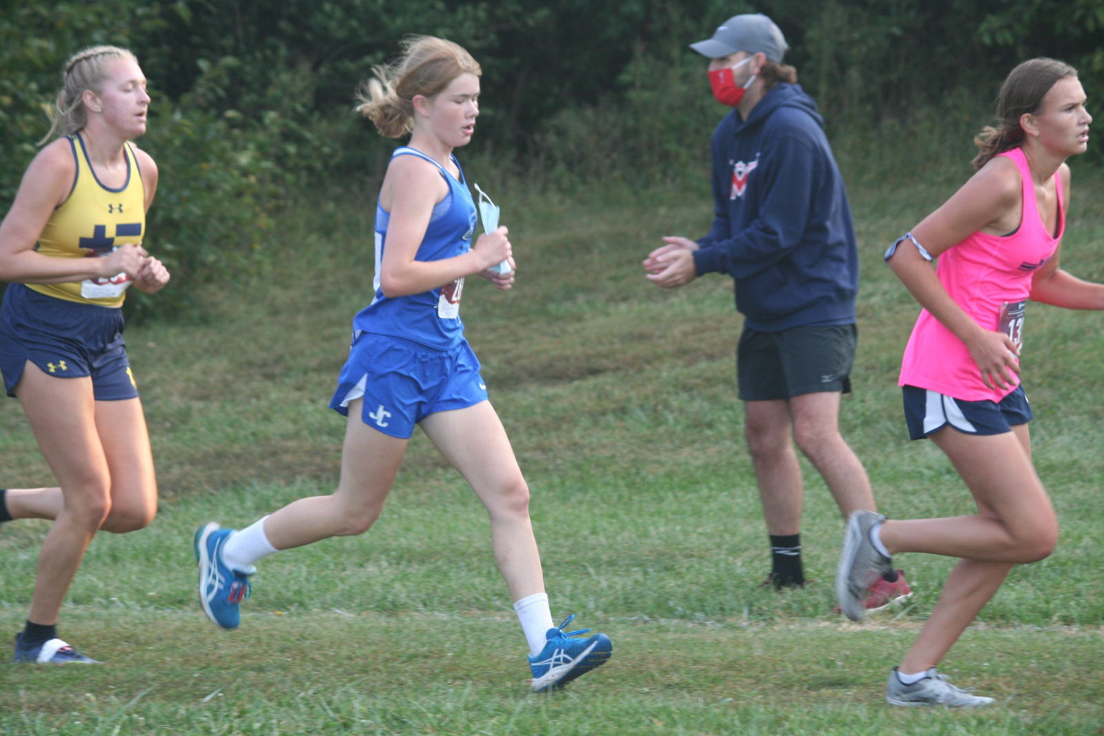 Cross Country Team runs in the Sunflower Showdown in T-Town